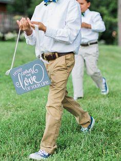 21 Pretty DIY Wedding Signs | TheKnot.com