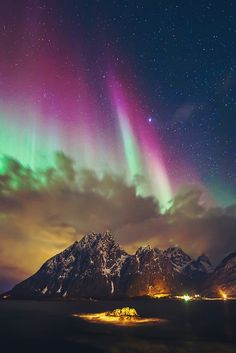 Aurora lights Lofoten, Norway - Explore the World with Travel Nerd Nici, one Country at a Time. http://TravelNerdNici.com