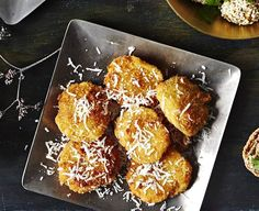 Parmesaanilla kuorrutetut tortellinit - Reseptit - Helsingin Sanomat