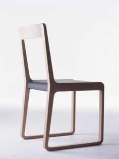 JOIN Sean Yoo Materials wood & leather It´s concept is the unity and harmony Japanese aesthetics is part of Plywood furniture - Eames Design, Chair Design Wooden, Wood Design, Design Design, Plywood Furniture, Cool Furniture, Furniture Design, Plywood Chair, Plywood Floors