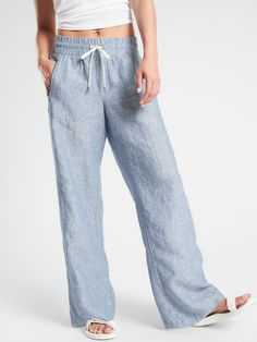 Athleta Women's Cabo Linen Wide Leg Pant Chambray Blue Big And Tall Size 16 Comfy Travel Outfit, Travel Outfit Summer, Summer Outfits, Cute Outfits, Trendy Outfits, Linen Pants Outfit, Wide Leg Linen Pants, Travel Pants, Moda Boho