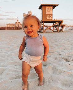 So Cute Baby, Cute Baby Shoes, Cute Baby Girl Outfits, Cute Outfits For Kids, Cute Baby Clothes, Cute Babies, Cute Kids Fashion, Baby Girl Fashion, Twin Baby Girls