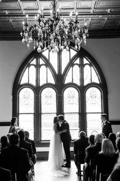 wedding ceremony kissing