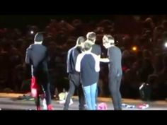 One Direction Funny Moments/WWAT Chile 2014