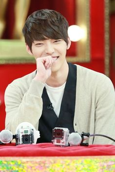 Kim Woo Bin admits that he lied to his cousin that he was best friends with IU