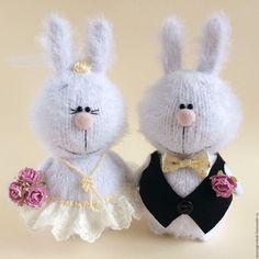 Купить Свадебные зайки. - белый, свадебные зайки, свадебный подарок, свадебные аксессуары, вязаные зайцы