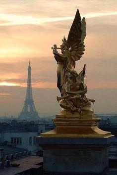 Paris beautiful  http://www.carlytati.com