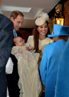 Such A Beautiful New lil Royal Family! The Luvs U! ☺  Duchess Kate: The Christening of Prince George