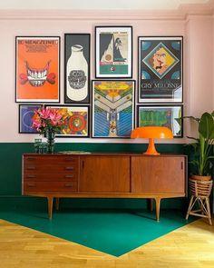 Living Room Decor, Living Spaces, Bedroom Decor, Retro Interior Design, Dining Room Colors, Dream Decor, Home Fashion, Apartment Therapy, Colorful Interiors