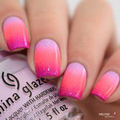 Nail art gradient china glaze rose