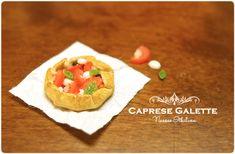 The Mini Food Blog: Caprese Galette ~ Nassae Ithilwen