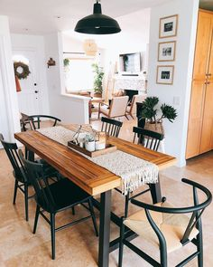 32 Lovely Family Dining Room Design And Decor Ideas Farmhouse Dining Room decor design Dining Family Ideas Lovely Room Table Design, Dining Room Design, Kitchen Design, Dining Room Table Decor, Dining Tables, Dinning Room Ideas, Wood Tables, Rustic Table, Kitchen Ideas