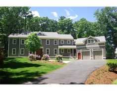 32 Perry Lane, Weston, MA 02493 Offered by Kelly First