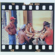 #cuba #karibik #caribbean #trinidad #diapositiv #perforation #kodak #dominoes Trinidad, Cuba, Caribbean, Memories, Baseball Cards, Sports, Souvenirs, Sport, Remember This