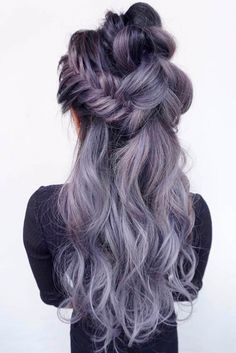 Look through our photo gallery that features the most gorgeous and trendiest prom hair styles. All your girlfriends will envy you!