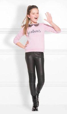 Buenas tardes, hoy os traigo moda joven de la nueva marca de moda Nik&Nik, son colecciones de moda diseñadas en Amsterdam y tienen un...