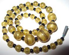 VINTAGE ANTIQUE ART DECO 1930's Yellow LACE Satin Venetian GLASS BEAD NECKLACE |