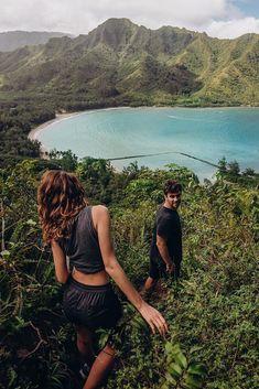 70 Best Honeymoon Destinations In 2020 For Unforgettable Moments ❤ best honeymoon destinations oahu hawaii #weddingforward #wedding #bride Best Honeymoon Spots, Popular Honeymoon Destinations, Honeymoon Hotels, Hawaii Honeymoon, Holiday Destinations, Travel Destinations, Hawaii Life, Oahu Hawaii, Couple Photography Poses