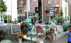 Vakwerk Vijlen Copenhagen, Porch Designs, Backyard, Plants, Gardens, Image, Beautiful, Patio, Outdoor Gardens
