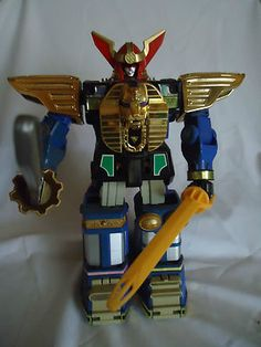 I so want the Power Rangers Zeo Zeo Megazord someday.