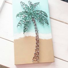 Palm Tree String Art by HelloSunshineHomeDec on Etsy https://www.etsy.com/listing/227581023/palm-tree-string-art