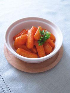 【ELLE a table】コリアンダーとオレンジマーマレードを使った にんじんグラッセ レシピ|エル・オンライン