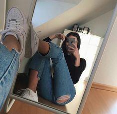 ✔ Selfie Poses For Girls Senior Pics Model Poses Photography, Tumblr Photography, Photography Ideas, Fashion Photography, Creative Photography, Editorial Photography, Selfie Poses, Mädchen In Leggings, Tmblr Girl