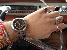 Đặc điểm nhận biết đồng hồ Thụy Sỹ  Giá bán đồng hồ Thụy Sĩ cũng là một yếu tố quan trọng giúp bạn phân biệt đồng hồ thật giả   https://xwatchluxury.vn/nhan-biet-dong-ho-thuy-sy-that-va-fake-n23.html