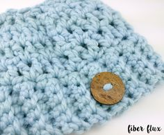 The Chunky Messy Bun Hat is super easy and fun to whip up.  Messy bun hats are all the rage at the moment...there is an opening a...