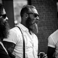 "101 mentions J'aime, 2 commentaires - The Department of Beards (@the_department_of_beards) sur Instagram : ""Click our link in our Bio @The_Department_of_Beards to buy your Awesome Beard Shirts, Sweaters,…"""