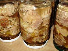 Zavárané pečené mäso • recept • bonvivani.sk Home Canning, Marmalade, Food 52, Preserves, Peanut Butter, Cheesecake, Food And Drink, Pudding, Bread