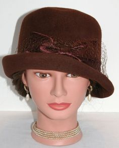Vintage 1940s 1950s Ladies Brown Wool Cloche Bucket Tilt Dress Hat with Satin Bow by Glamour Felts #Cloche