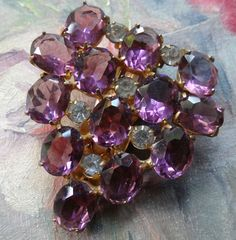 vintage art deco retro open set purple rhinestone gold t. dress clip brooch C873