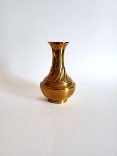 Brass Bouquet Vase by SamsOldiesButGoodies on Etsy