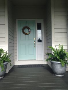 Sherwin Williams waterscape front door by catalina Teal Front Doors, Painted Front Doors, Front Door Colors, Door Paint Colors, Exterior Paint Colors For House, Paint Colors For Home, Exterior Colors, Grey Exterior, Cottage Exterior