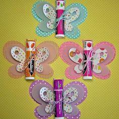 Protetor labial com uma embalagem super fofa! Você mesma pode fazer! #festade15 #festade15anos #festadedebutante #debutante #debuteen #debut #debuteenblog #lembrancinhas | SnapWidget