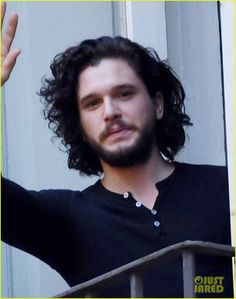 Kit Harington Films a Commercial in Italy: Photo 3869816 | Kit Harington Pictures | Just Jared