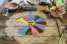 Mandalas at #Footfall , Gravesham Borough Market today, well visited event . @GravesendArts @Gary Arts Council #LYLM2014 pic.twitter.com/YAEl8BPLR4