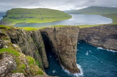 Stories, photos and tips from my experiences to help you plan your trip to the Faroe Islands. Includes travel from Vagar, Gjogv, Torshavn, Kalsoy, Klaksvik.