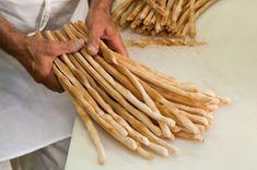 Homemade Breadsticks: Rubatà from Piedmont - La Cucina Italiana Italian Dishes, Italian Recipes, Homemade Breadsticks, Brewers Yeast, Stop Eating, Dinner Rolls, Original Recipe, Tray Bakes, Bread Recipes