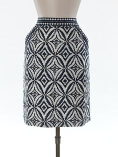 Check it out—Milly Silk Skirt for $47.99 at thredUP!