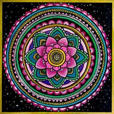ellen-stapleton-wall-art-mandala-designs_1.jpg (560×560)