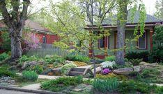 Schicke Gartengestaltung mit weniger Gras: Sparen Sie  Wasser und Mühe! - http://wohnideenn.de/gartengestaltung-und-pflege/08/schicke-gartengestaltung.html