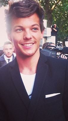 """Louis Tomlinson at """"This is Us"""" Premiere"""