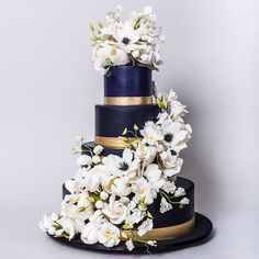 Black and Gold Sugar Flowers Wedding Cake
