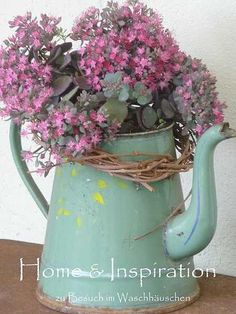 with Vintage Enamelware I have a large, old watering can that I could paint and actually use!I have a large, old watering can that I could paint and actually use! Bouquet Champetre, Deco Champetre, Country Decor, Rustic Decor, Farmhouse Decor, Country Charm, Love Flowers, Beautiful Flowers, Flowers Vase