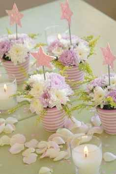 Tischdeko basteln mit Sternen und Blumen ♥ diy centerpieces - use blue/green ribbon on the cans and all white flowers with greenery :)
