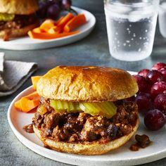 This healthy copycat recipe of the comfort food classic trades beans for some of the meat to bump up fiber by 7 grams. We also cut back on the sugar and ketchup in this Sloppy Joe recipe makeover to save you 12 grams of added sugar. Diabetic Recipes, Beef Recipes, Cooking Recipes, Healthy Recipes, Healthy Dinners, Healthy Foods, Diabetic Snacks, Hamburger Recipes, Cooking Ideas