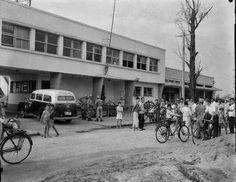 Delegacia de polícia em Bangu nos anos 50-Rua Sabogi 34- Álbuns da web do Picasa Obs de JuRicardo - a DP continua funcionando no mesmo lugar atualmente, modernizada é claro.