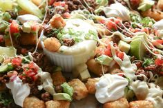 Beef Totchos Horizontal Mexican Dishes, Mexican Food Recipes, Beef Recipes, Beef Meals, Yummy Recipes, Best Superbowl Food, Football Food, Easy Appetizer Recipes, Appetizer Dips